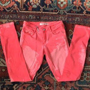 Comptoir des Cotonniers neon jeans!
